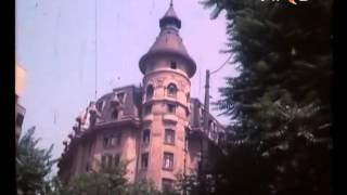 getlinkyoutube.com-Bucureşti - Filmul secret lasat de Ceausescu pentru anul 2080 ...