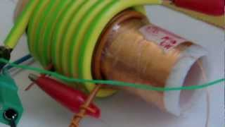getlinkyoutube.com-Mini Kapanadze resonator - 12V LEDs Lamp with only HV at 4.5 - 100% light