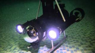 getlinkyoutube.com-Home built underwater robot ROV in action!