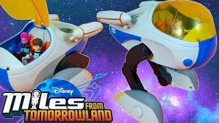 getlinkyoutube.com-MILES FROM TOMORROWLAND STARJETTER SPACE SHIP TTA DISNEY JUNIOR TOY