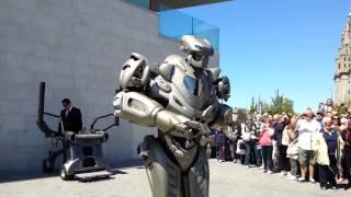 getlinkyoutube.com-Titan The Robot in Liverpool 25/05/2013