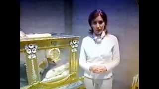getlinkyoutube.com-El cuerpo incorrupto de Santa Bernardita. Por Patricia Miccio.