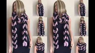 getlinkyoutube.com-How to Crochet a Lucky Horseshoes Scarf Pattern #67│by ThePatterfamily