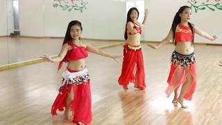 getlinkyoutube.com-Múa bụng thiếu nhi quận 5( I Wana Dance) -  GV.Trang Bellydance