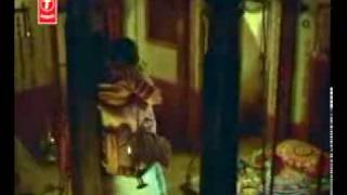 getlinkyoutube.com-Sexiest scene ever - prakashraj enjoying vanita vasu to core