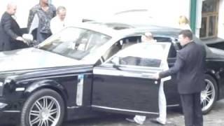 getlinkyoutube.com-Russian Mafia In Kiev! On Phantom Rolls Royce.