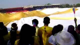 """getlinkyoutube.com-nodski kkb tondo """"Lupang Hinirang"""" with the largest Philippine flag"""
