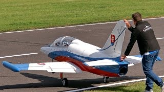 getlinkyoutube.com-THE BIGGEST RC TURBINE JET MODEL IN THE WORLD L-39 ALBATROS XXXL 68 KG SCALE 1:2,7 GIGANTIC !!!