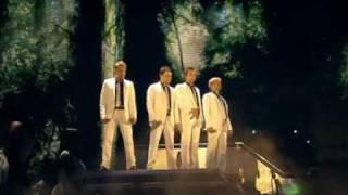 getlinkyoutube.com-WESTLIFE - You Raise Me Up - Croke Park #23