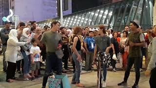 Lagu Terkini, viral,,, Qistina -  Lagi Syantik. Buskers Bukit Bintang