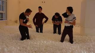 getlinkyoutube.com-Ball Pit Challenge!