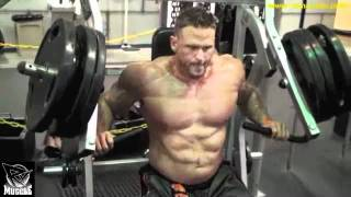 getlinkyoutube.com-Super Heavyweight Ryan Watson Trains Chest