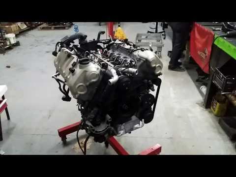 Где в Порше 911 блок управления двигателем