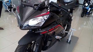 getlinkyoutube.com-Plus Minus Yamaha YZF-R15 / Warna Hitam