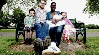 getlinkyoutube.com-World's Tallest Couple Give Birth To 3rd Child