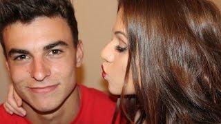 getlinkyoutube.com-My Boyfriend Does My Makeup!