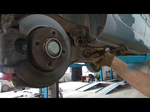 Замена сайлентблоков задней балки Peugeot 307