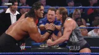 getlinkyoutube.com-Triple H vs. The Great Khali (Broken Glass Arm Wrestling) (2/2)