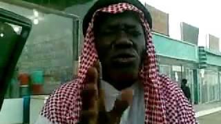getlinkyoutube.com-واحد يبي يصير سعودي غصب هههههـ جاب العيد