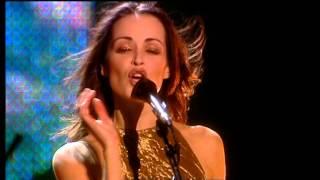 getlinkyoutube.com-The Corrs Live in London - Breathless (Andrea Corr , Caroline Corr, Sharon Corr & Jim Corr Angles)
