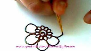 getlinkyoutube.com-How to draw a henna flower (Part 3)
