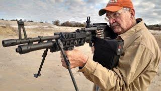 getlinkyoutube.com-M60 E6 Machine Gun