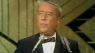 George Gobel - The Audiance Rose With A Hey-Diddle-Diddle