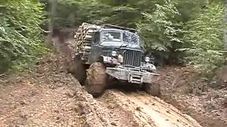getlinkyoutube.com-Soviet truck with heavy load - unstoppable!