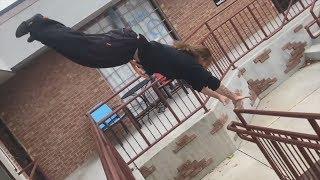 Parkour and Freerunning 2018 - Amazing Stunts