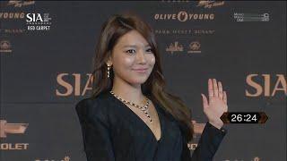getlinkyoutube.com-[ENG SUB] 131024 Sooyoung SNSD Red Carpet @ SIA 2013
