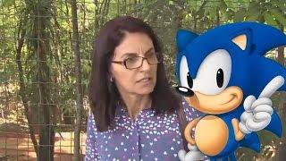 getlinkyoutube.com-Senhora corre de repórter ao descobrir que ela prefere Sonic