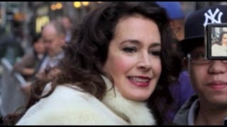 getlinkyoutube.com-Sean Young Arrested For Battery