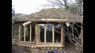 getlinkyoutube.com-Building a Cobwood Roundhouse in Cornwall