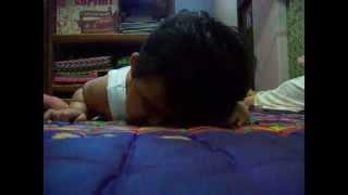 getlinkyoutube.com-Bayi Ngantuk di Aniaya