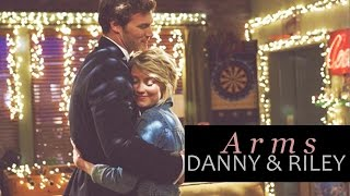 danny & riley | arms [+4x17]