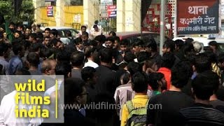 getlinkyoutube.com-Mourning of Muharram in Kashmere Gate