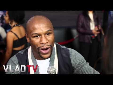 Floyd Mayweather & More Attend 'A Haunted House 2'