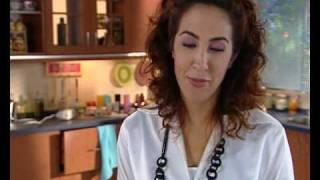 getlinkyoutube.com-Cuisine Marocaine--Crepes aux pommes et au caramel