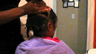 getlinkyoutube.com-Simple little girls hair style for natural curly hair!