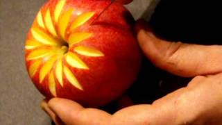 getlinkyoutube.com-déco sur pomme, carving in apple