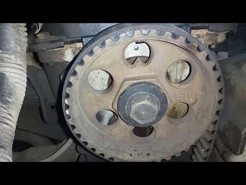 Проверка меток на коленвале и ГРМ двигателя на CHERY AMULET