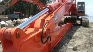 getlinkyoutube.com-EIK 22m super long front/long reach fit on hydraulic excavator HITACHI EX400
