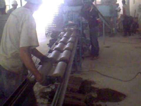 maquina para fabricar telhas de concreto continua.