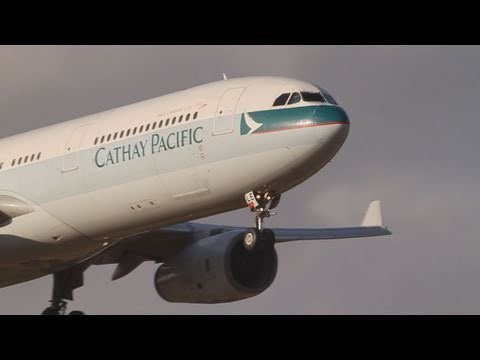 Heavy Cross Wind Landing Cathay Pacific Airbus A330-342 (B-HLE) @NARITA RWY16R