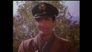 getlinkyoutube.com-Il Postino - The Postman Trailer - Original