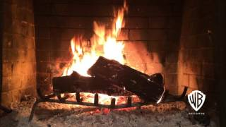 getlinkyoutube.com-Classic Christmas & Holiday HD Yule Log Fireplace - Feat. 90 Mins Of Music