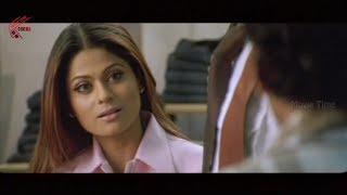 getlinkyoutube.com-Shamitha Shetty In House Scene || Sathi Leelavathi Telugu Movie || Manoj Bajpai,Shilpa Shetty