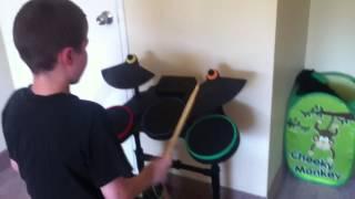 getlinkyoutube.com-Drake druming