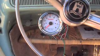 getlinkyoutube.com-Tachcometer Installation Part 1 64 vw bug