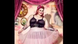 getlinkyoutube.com-تيس هوليداي أضخم وأجمل  عارضة أزياء سمينة  فى العالم